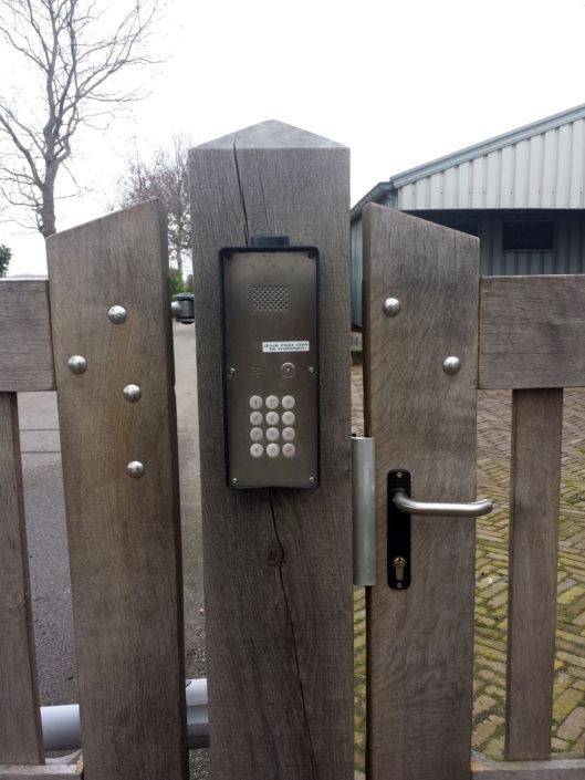 Spreekstation-poort-via-GSM-Kastaan