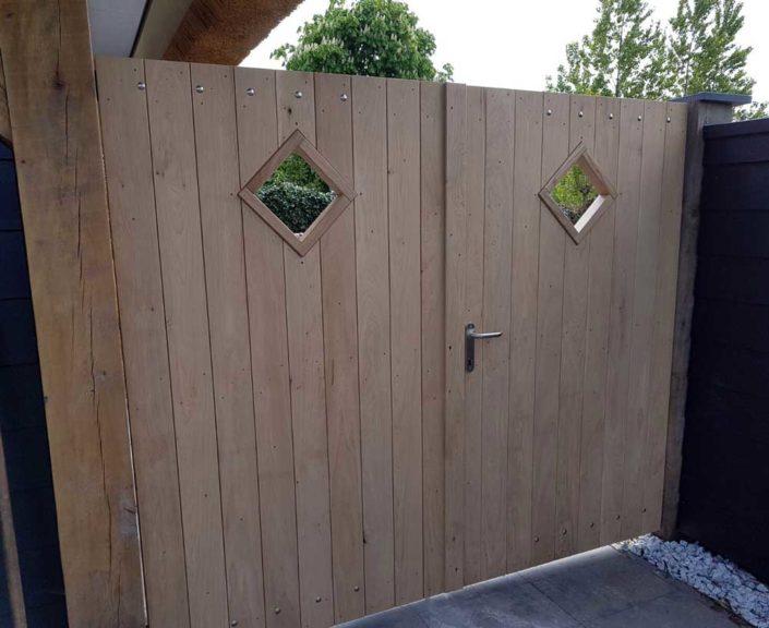 eiken-poortdeur-kijkraam-kastaan