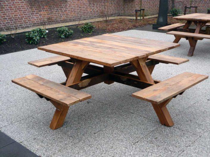 eiken-picknicktafels-kastaan
