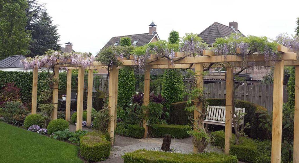 Eikenhouten veranda s pergola s en carports de kastaan