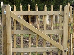 eiken-raamwerk-poort-kastaan